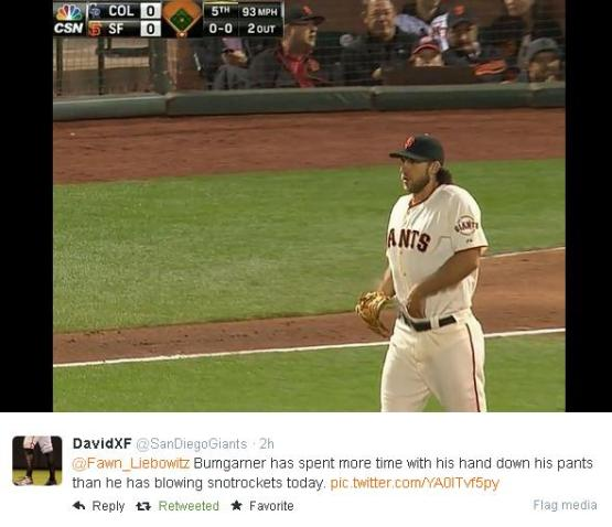 Giants-Bumgarner-Snotrocket-2014-08-26-Hand In Pants-Tweet