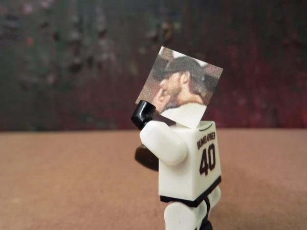 Giants-Bumgarner-Snotrocket-2014-08-31-Figurine