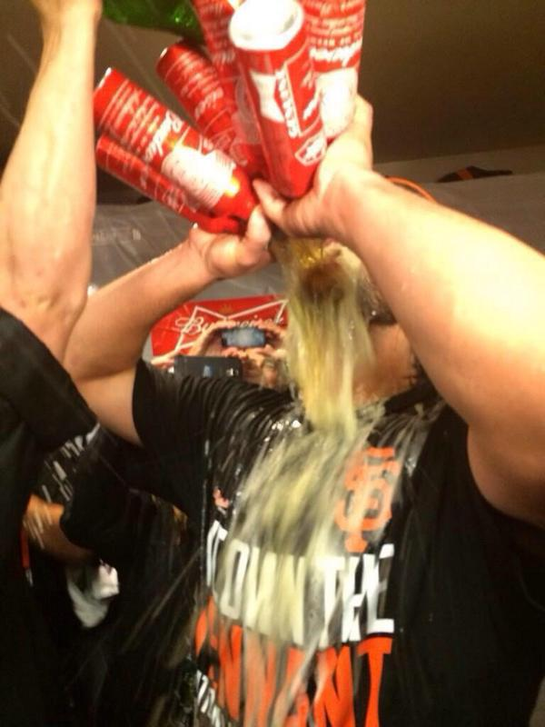 Giants-2014-NLCS-Celebration-Bumgarner-Six Beers