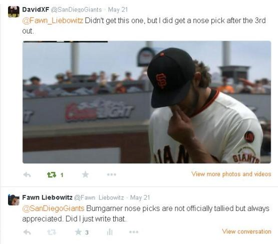 Giants-Bumgarner-Snotrocket-2015-05-21-2-Nose Pick