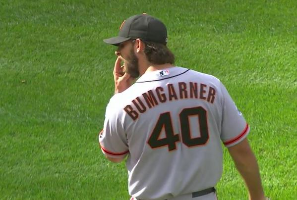 Giants-Bumgarner-Snotrocket-2015-09-06