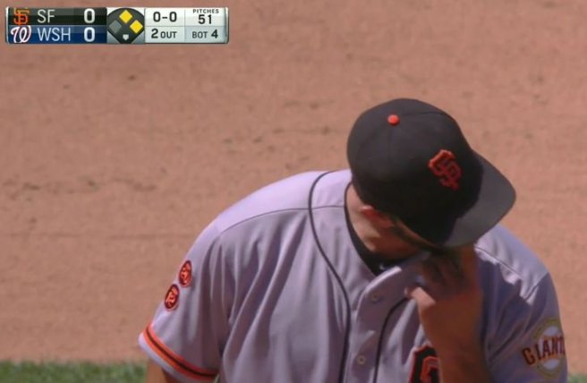 Giants-Bumgarner-Snotrocket-2016-08-07-Double-Left