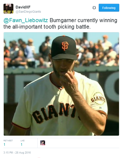 Giants-Bumgarner-Snotrocket-2016-08-28-Tooth Pick-Tweet