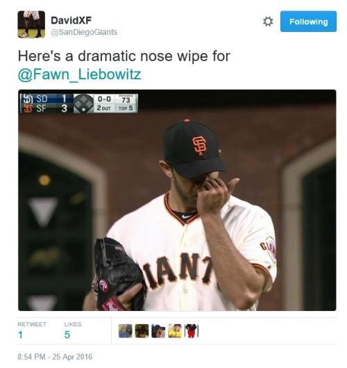 giants-bumgarner-snotrocket-dramatic-nose-wipe-2016-04-25-tweet